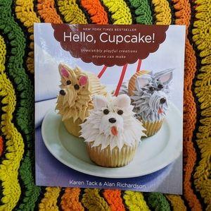 5/$15 Hello, Cupcake! NYT Bestseller Cookbook